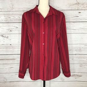 Croft & Barrow Top Button Front Long Sleeve Red